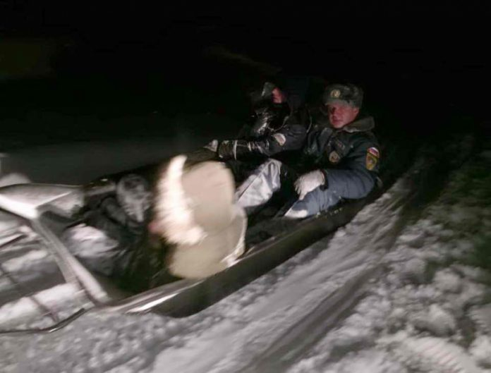 Томские спасатели помогли двоим заблудившимся вернуться домой
